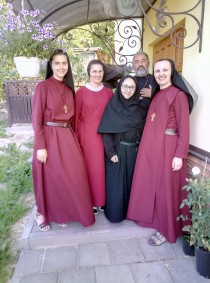 Existence Help for 4 contemplative nuns of the Redemptorists in the Ukraine for 2018
