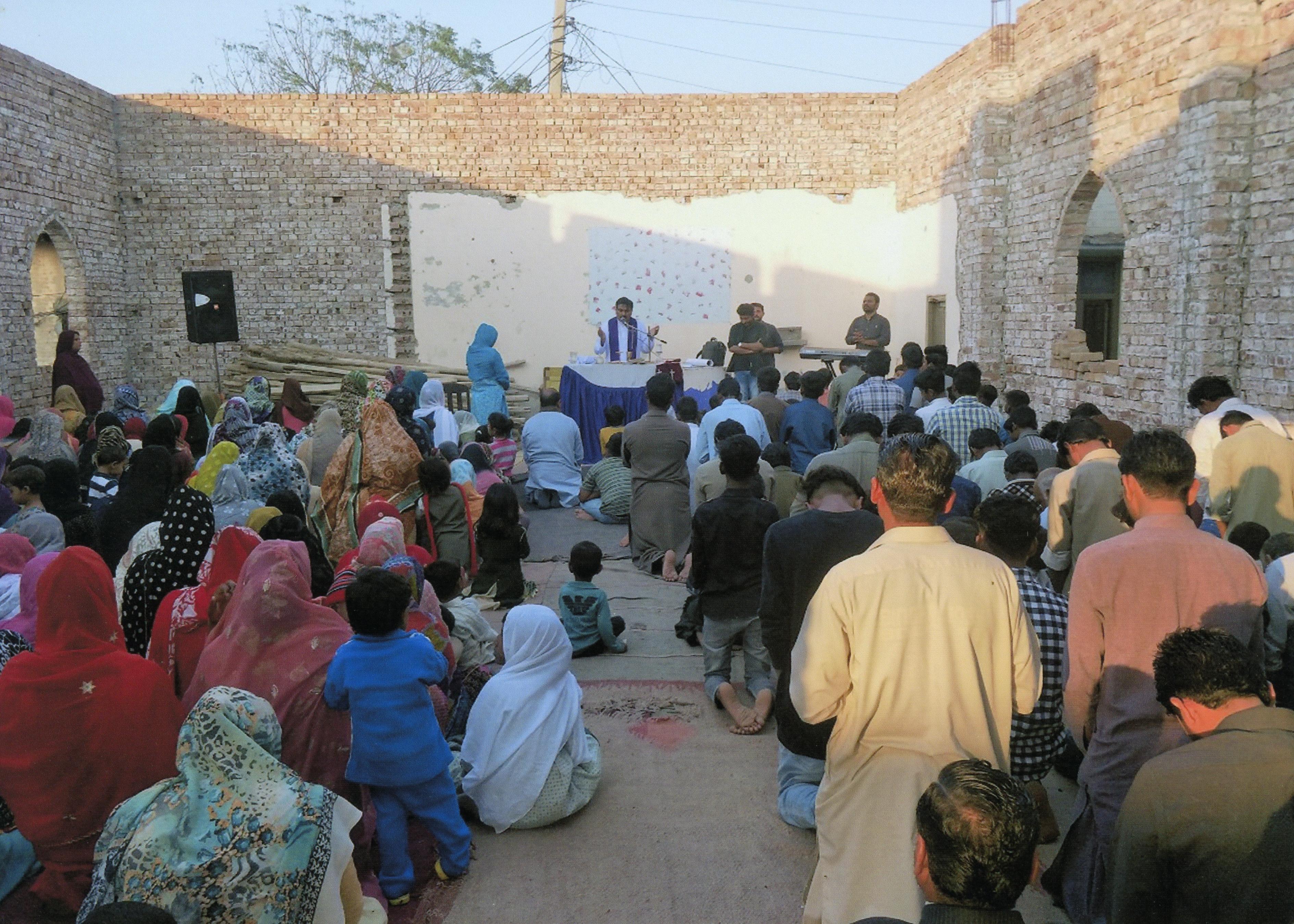 pakistan faisalabad en misa