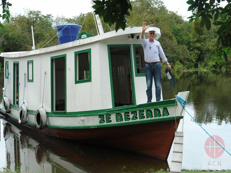Brasil barco por el rio amazonas para web