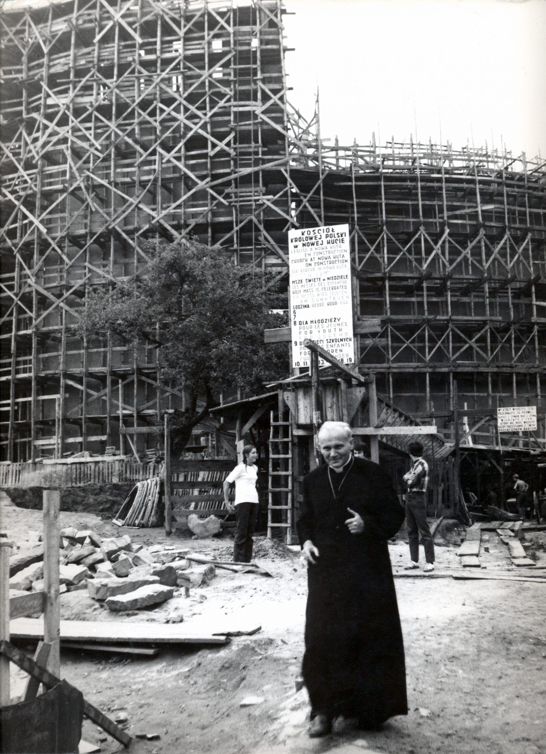 Centenario del nacimiento de san Juan Pablo II – ACN da continuidad a su legado hasta el día de hoy.