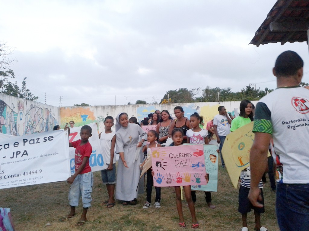 Subsistence aid for 3 sisters of saint Joseph, working in the parish of the Holy Trinity in Sao Luis, 2014