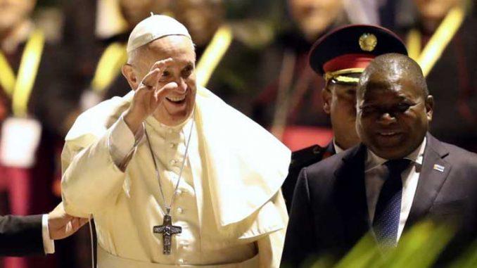 Mozambique presidente con el papa