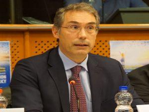 Mark von Riedemann (2) para web