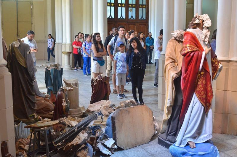 catolicos-piden-paz-tras-ultraje-al-santuario-maria-auxiliadora