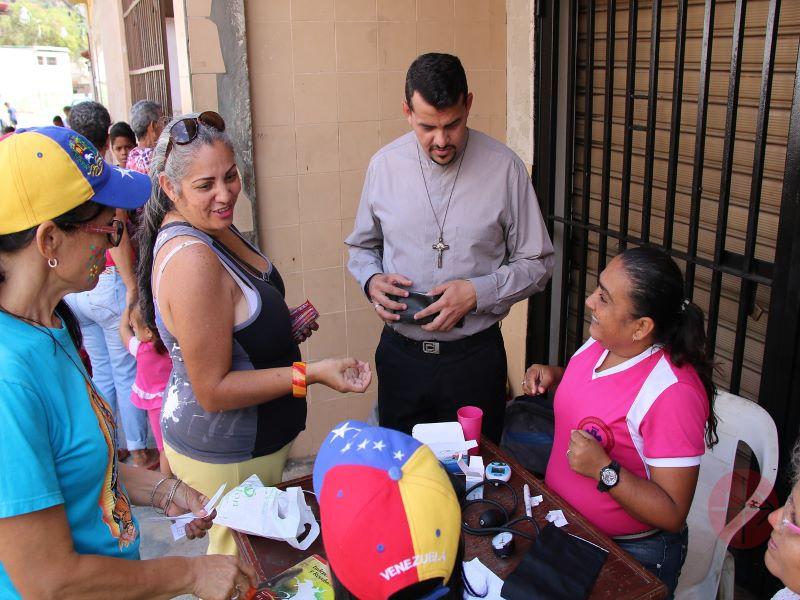 Venezuela padre angel con sras. para web