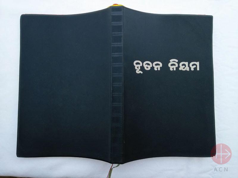 Biblia en India para web