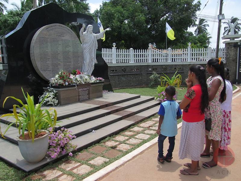 Sri Lanka cristo web