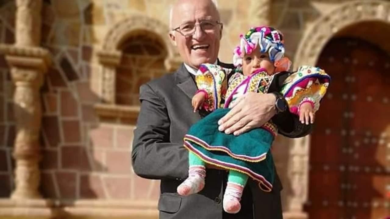 Bolivia obispo Eugenio Scarpellini de El Alto