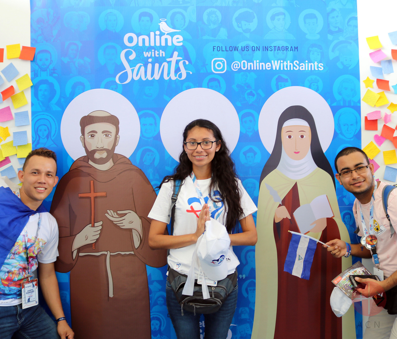 Albania imagen del libro Online with Saints