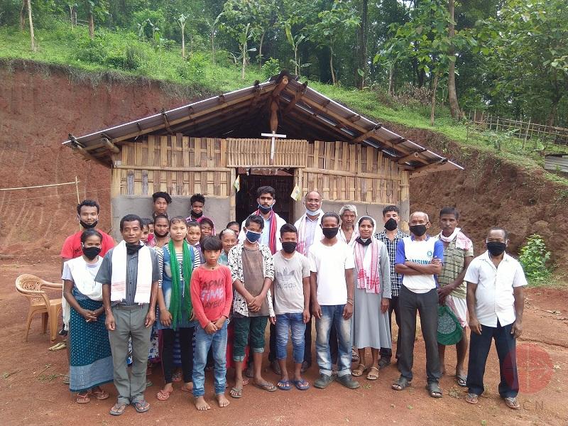 India religiosa en visita pastoral en covid web