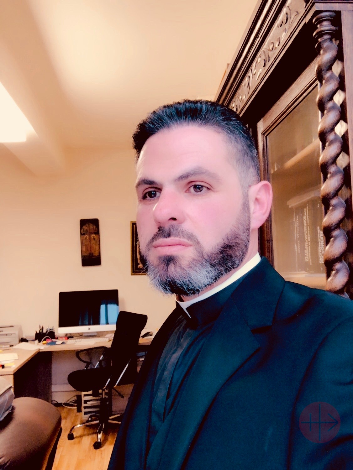 Líbano padre Charbel Eid Rizkallah of the mission of the Lebanese Maronite Order in Al-Hassakeh Syria, 2020.