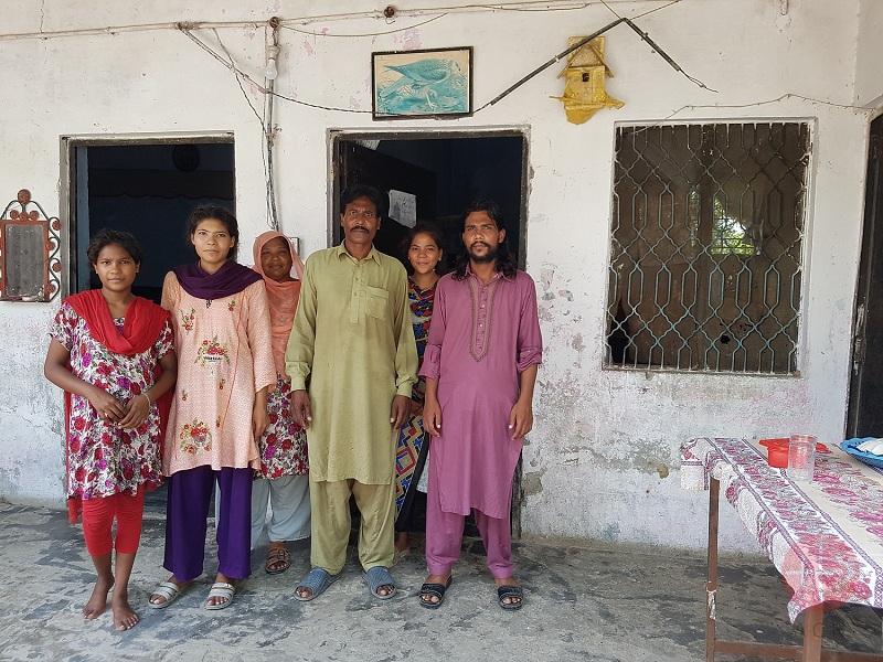 Pakistán familia de Massi web
