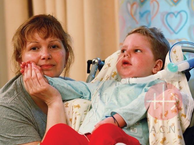 Rusia mamá con su hijo