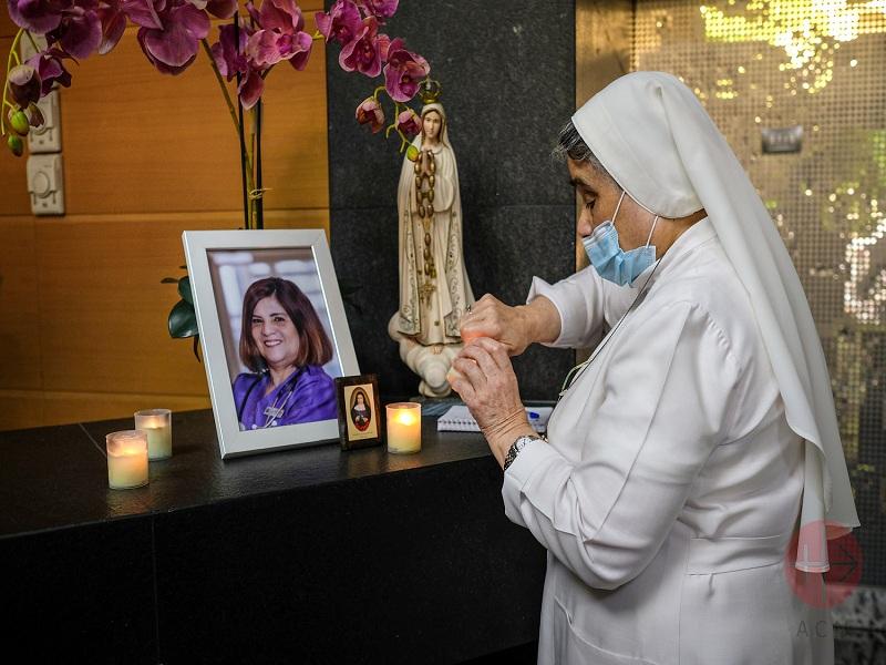 Líbano Beirut rezando por las victimas web