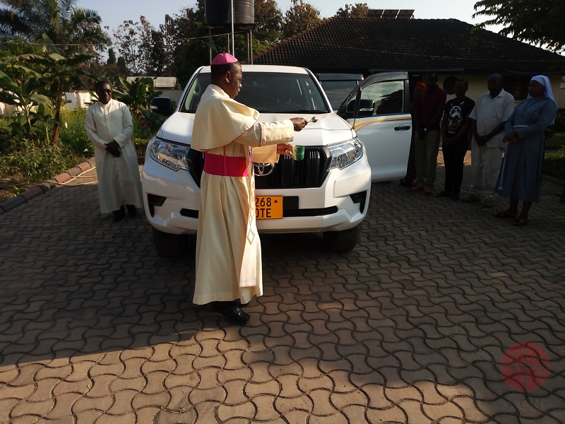 Tanzania bendicion auto web