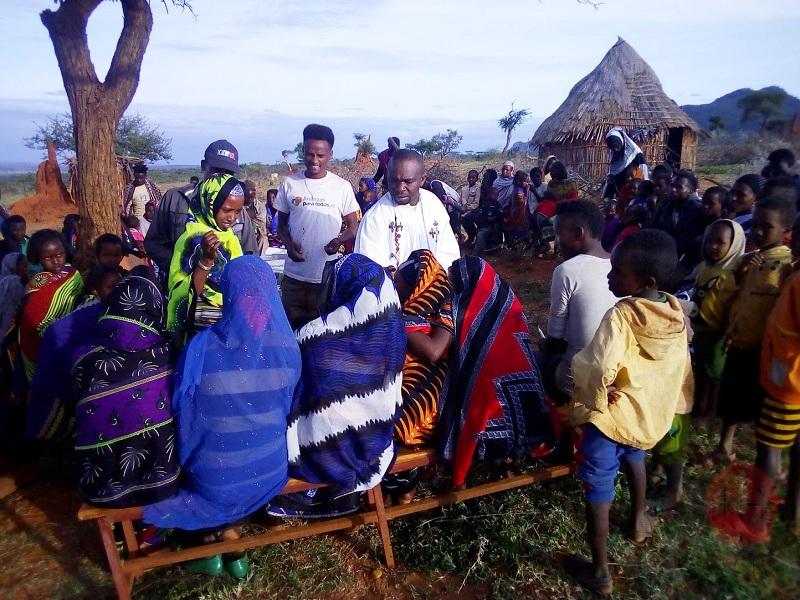 Etiopía construcción Kububa Holy Cross Catholic Parish Dhadim web