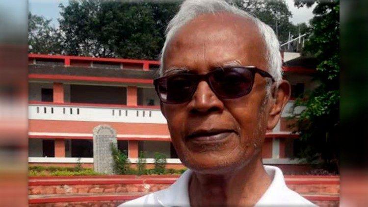 India padre stan s con anteojos negros