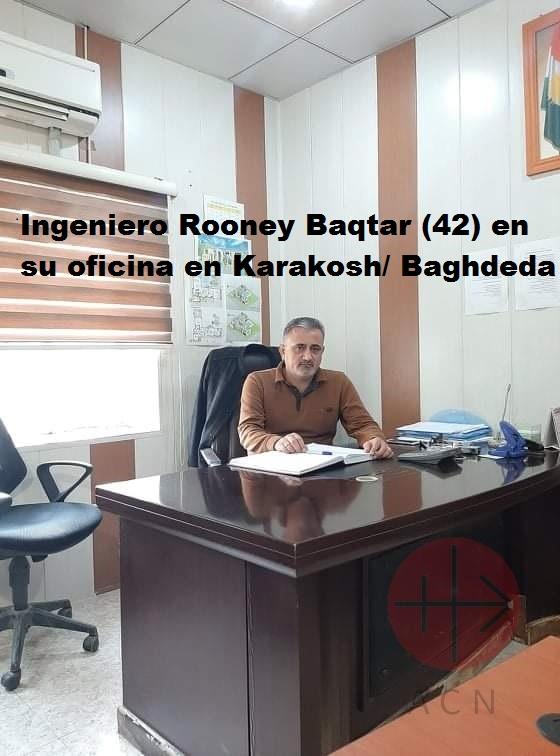 Irak ingeneer Rooney Baqtar (42) in his office in Qaraqosh Baghdeda