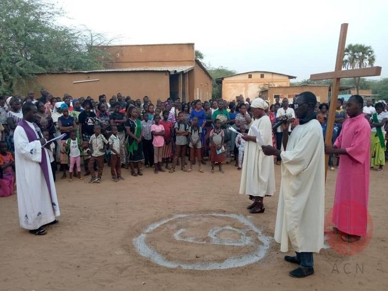 Burkina Faso via crucis en dori web