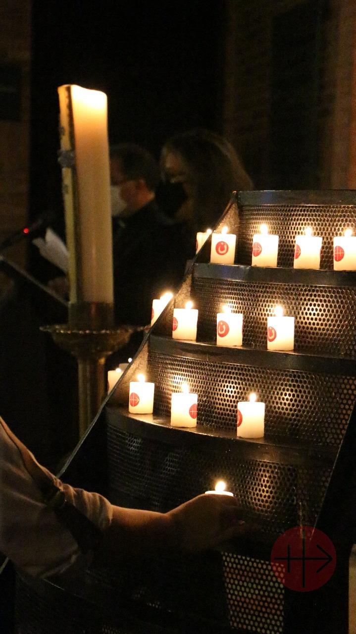 Colombia miercoles rojo velas 2020