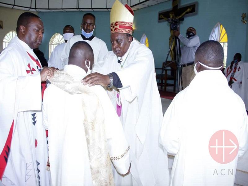 Congo Butembo Beni monseñor Melquisedec web
