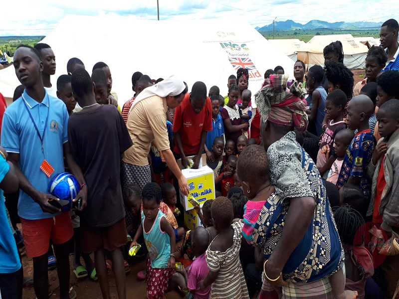 Mozambique religiosa entrega comida web