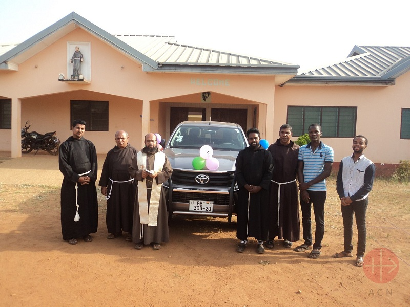 Ghana Vehicle for the out reach Ministry of the Franciscan Capuchins in St. Michael's Parish, Kpassa 2 web