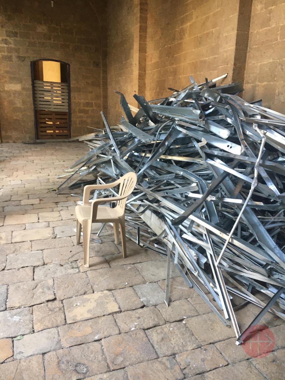Líbano Beirut iglesia san jose fierros retorcidos