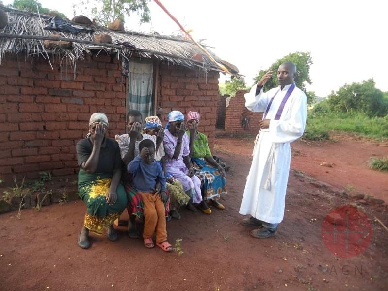 Malawi padre web