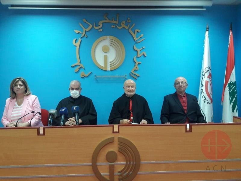 Medio oriente conferencia de prensa para dar a conocer la noticia de la oracion por la paz web