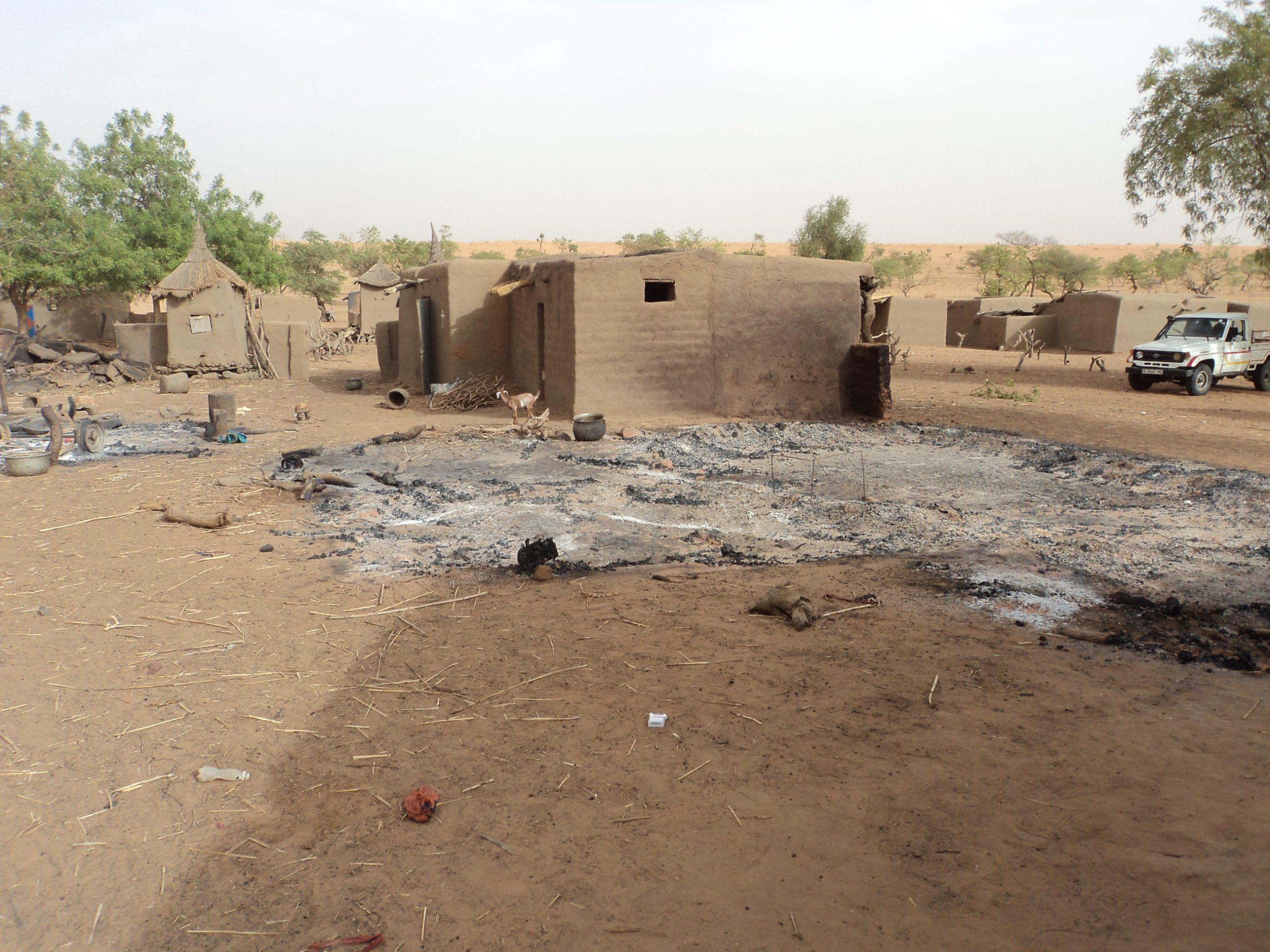"""""""Estaba perdido y he sido encontrado. Estaba muerto y he resucitado"""", afirma sacerdote liberado en Mali"""