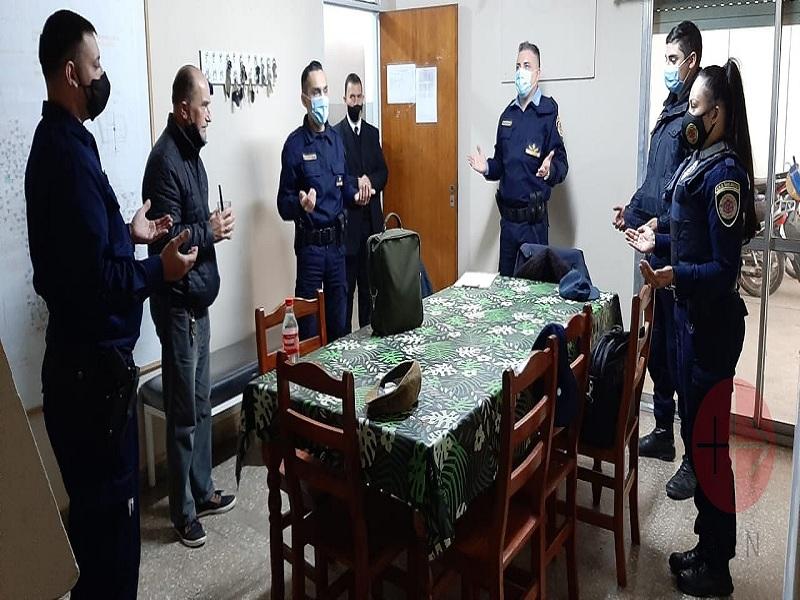 Argentina policias rezando web