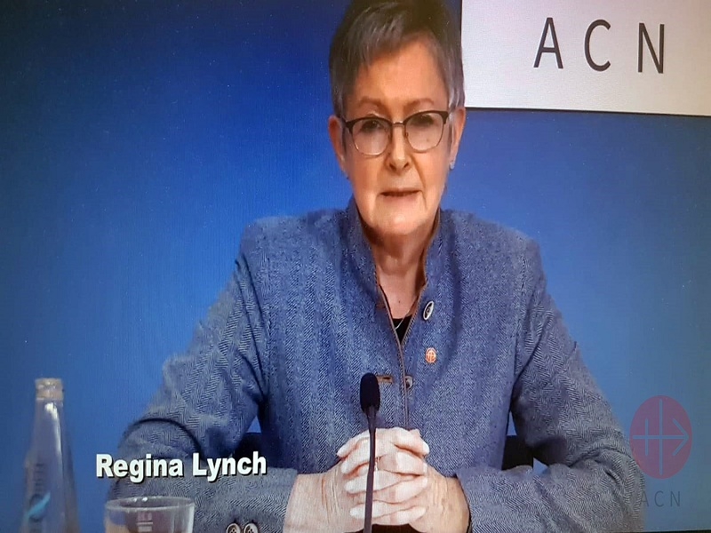 Regina Linch en horizontal web