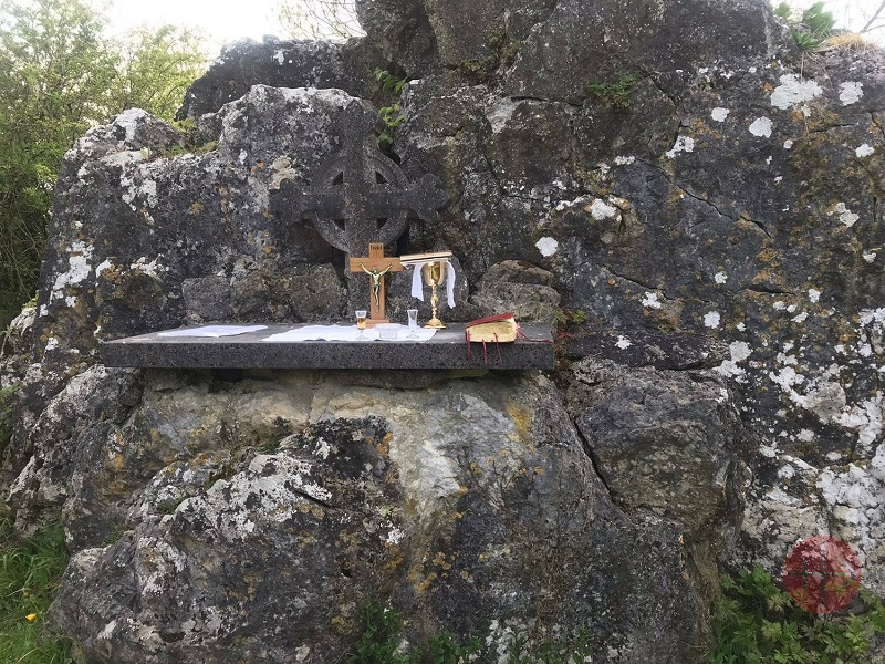 Irlanda misa en las rocas 4