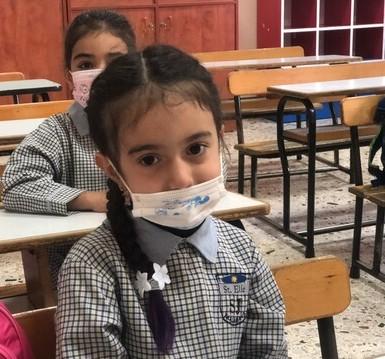 Niños Líbano chica